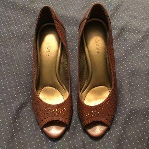 Kelley & Katie brown faux leather laser cut heels
